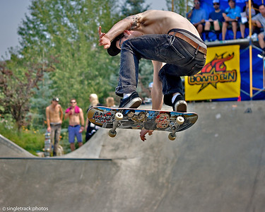 Board Bin Skateboard Contest (August 2012)