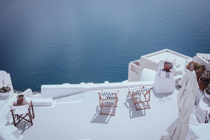 Tu-Nguyen-Wedding-Photography-Videography-Hochzeitsfotograaf-Engagement-Santorini-Oia-Greece-Thira-8.jpg