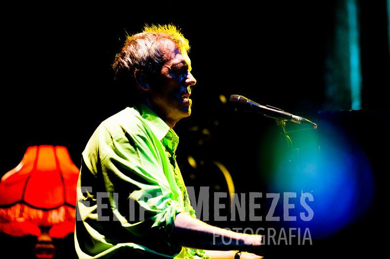 Hugh Laurie_Site_076.jpg