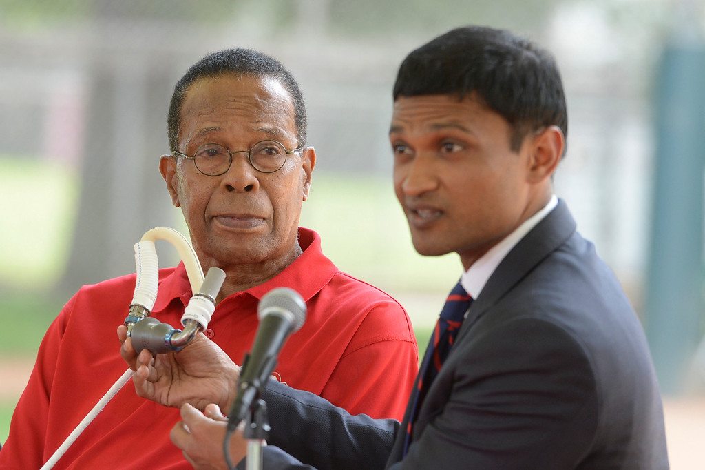 . Baseball hall of fame legend Rod Carew, listens as Dr. Ajay Srivastava describes the pump that kept him alive until he received a heart from Konrad Reuland in December of 2016.  ( Photo by David Crane, Los Angeles Daily News/SCNG)