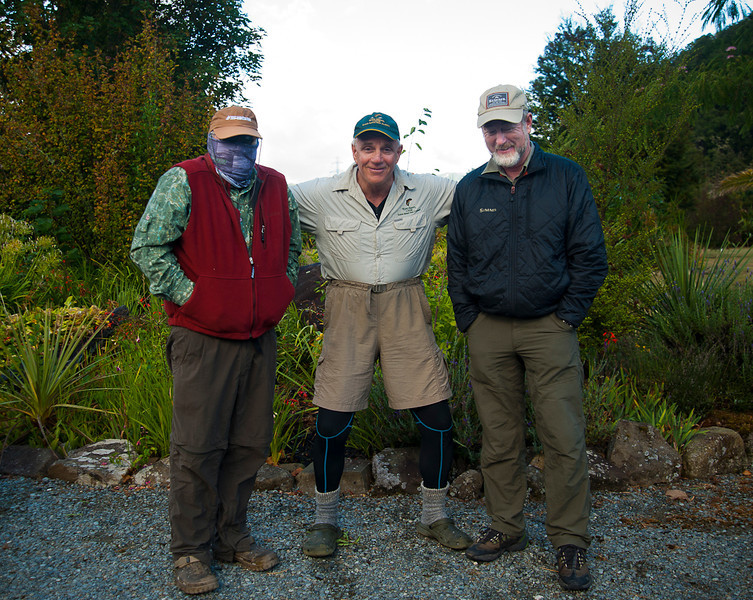 3  famous South Island guides: Peter Carty, Scott Murray and Tony Entwhistle acting up at Riverhaven Lodge on the South Island.