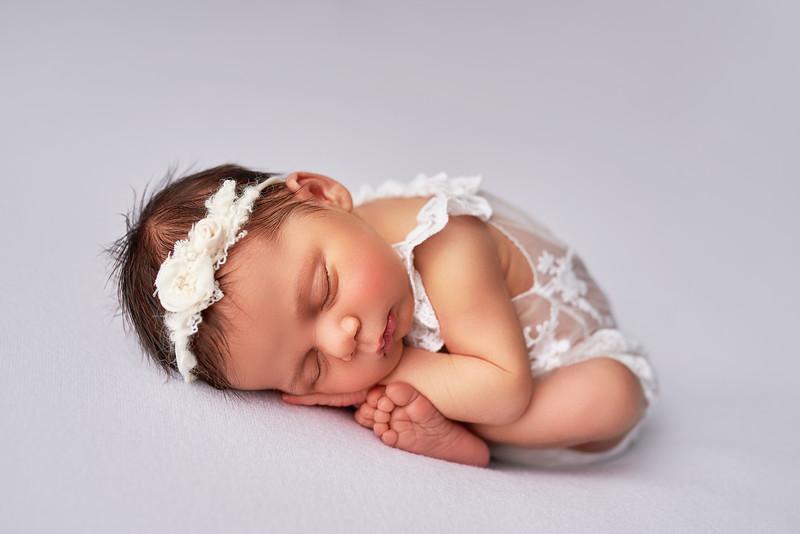 newbornpicturres2281.jpg