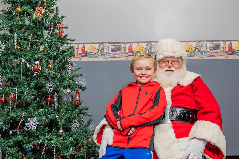 Santa Hannibal 2018-174.jpg