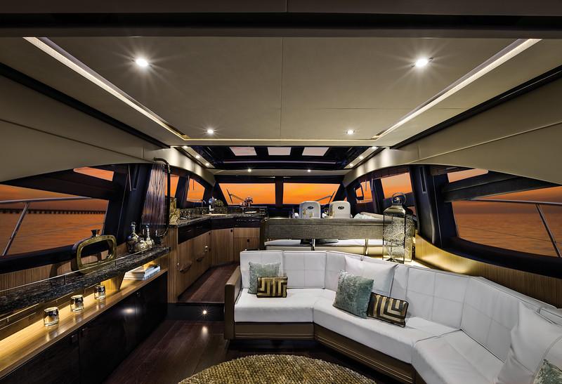 2015-590-Express-Interior-Salon.jpg
