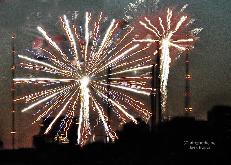 Fire works -Wide shot 7-4-2017 2759.jpg