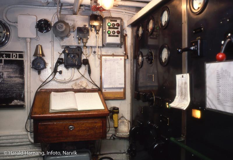 Bilde fra maskinrommet på Skogøy, fra diasserie på siste tur.