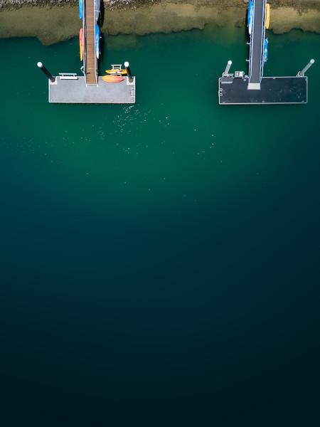 Twin jetties