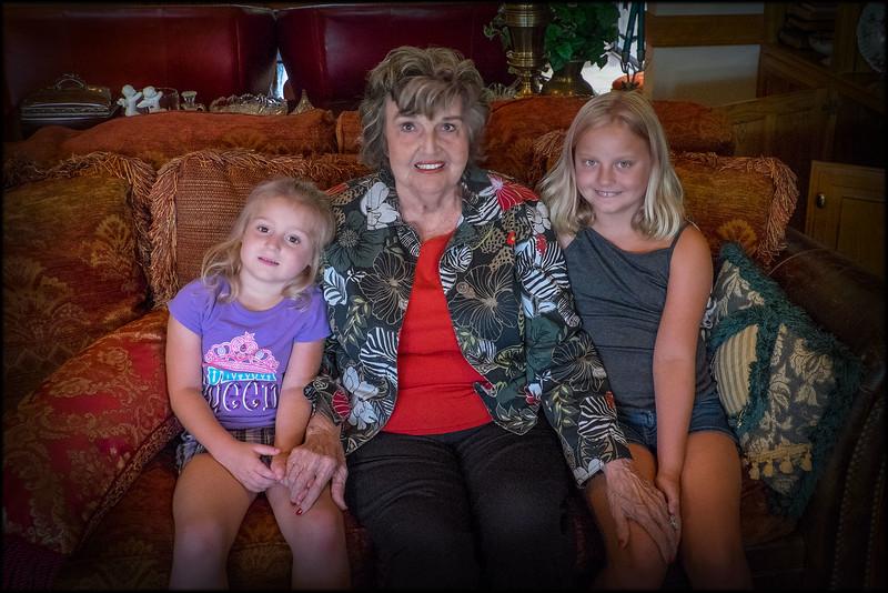 2015-06-18 Mom, Riley, & Cambridge