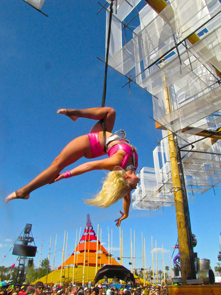 The Lucent Dossier Experience