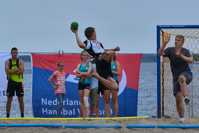 Molecaten NK Beach Handball 2015 dag 2 img 366.jpg