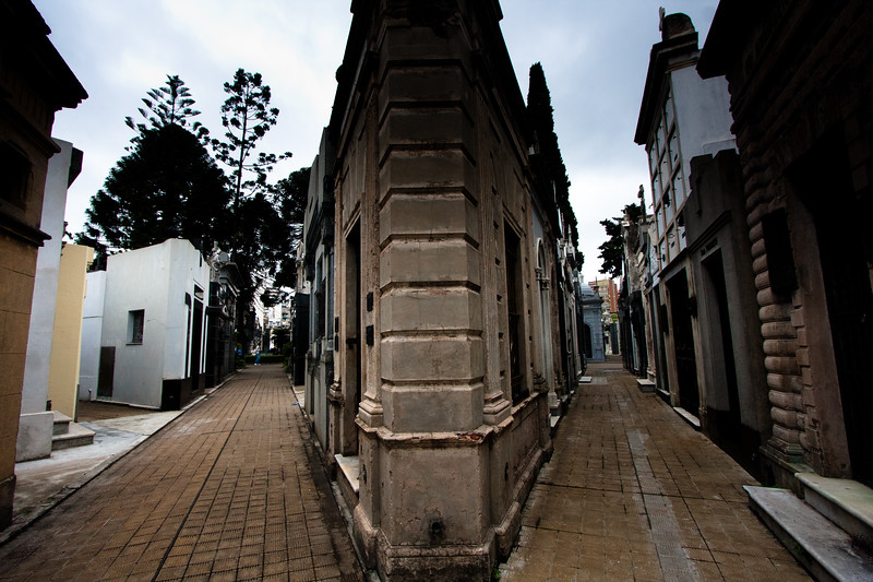 recoleta-walkways_5735635352_o.jpg