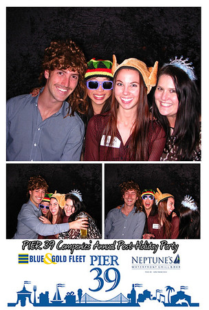 2-6 Neptune's Waterfront Grill & Bar - Photo Booth
