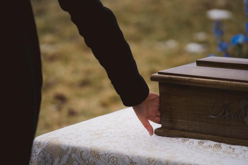 baby dew funeral-253.jpg