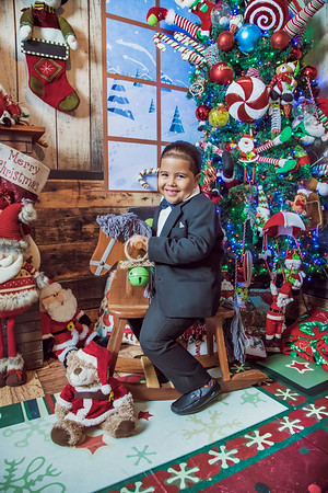 30. Katherine Paulino y Familia navidad 2019