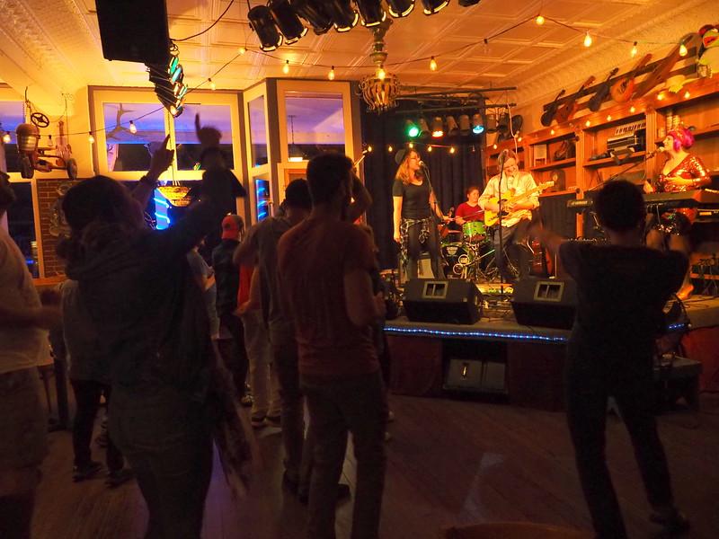 Purple Fiddle Emmas Lounge 8.JPG