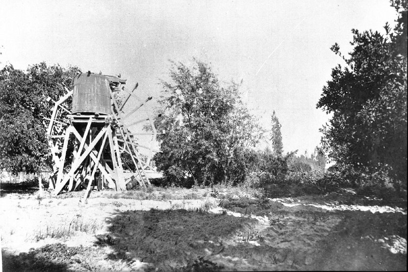 Water wheel of Zanja Madre on the Vejar Ranch, Los Angeles