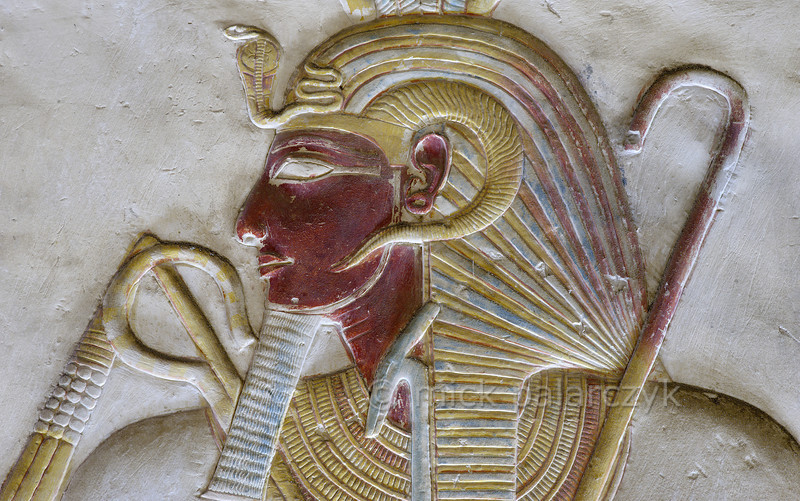 """[Egypt 29936] 'Seti with """"nemes"""" crown at Abydos'."""