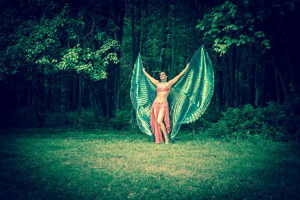 Serafina | Forest Walk