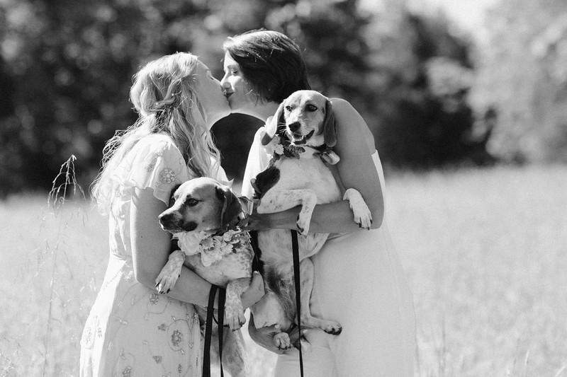 20200905-Liv & Hannah Married-94.jpg