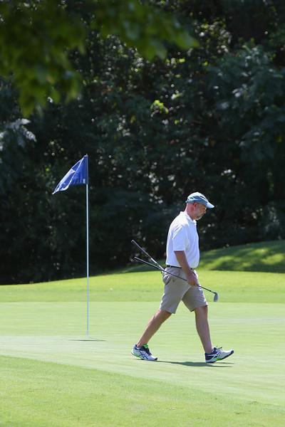 Golf Tournament 121830.jpg