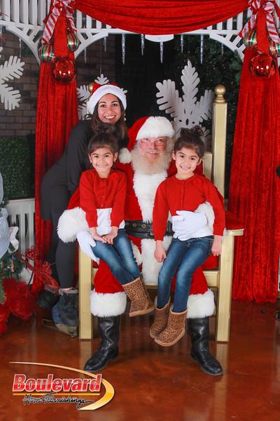 Santa 12-10-16-271.jpg