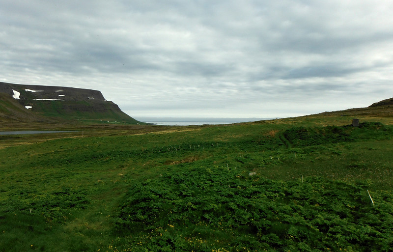 Horft út Aðalvíkina
