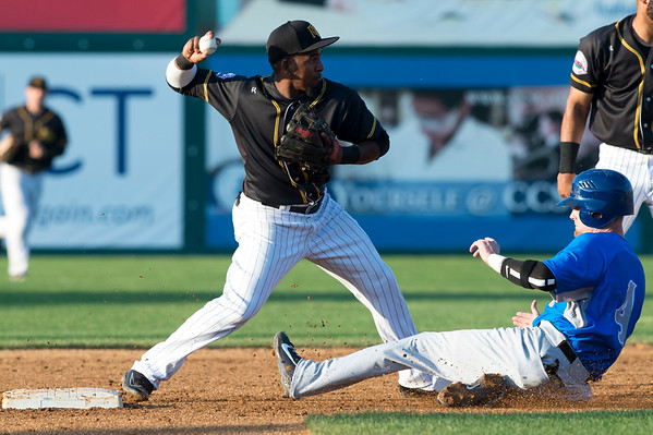 07/05/19 Wesley Bunnell | Staff The New Britain Bees vs the Sugar Land Skeeters at New Britain Stadium on Friday July 5, 2019. Rando Moreno (4) turns the double play.