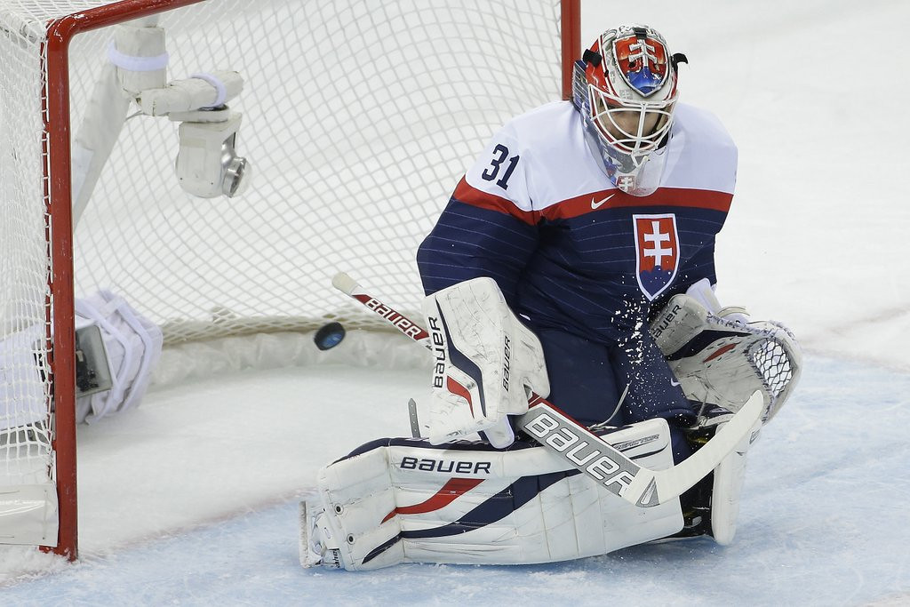 ". <p>10. (tie) SLOVAKIA <p>Could have used a few good Czechs against Team USA. (unranked) <p><b><a href=\'http://www.twincities.com/sports/ci_25131799/u-s-routs-slovakia-7-1-olympic-mens\' target=""_blank\""> HUH?</a></b> <p>    (AP Photo/Matt Slocum)"