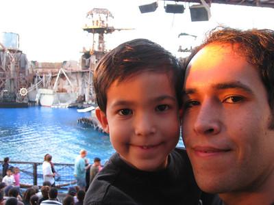 2009_03 Universal Studios with Julian