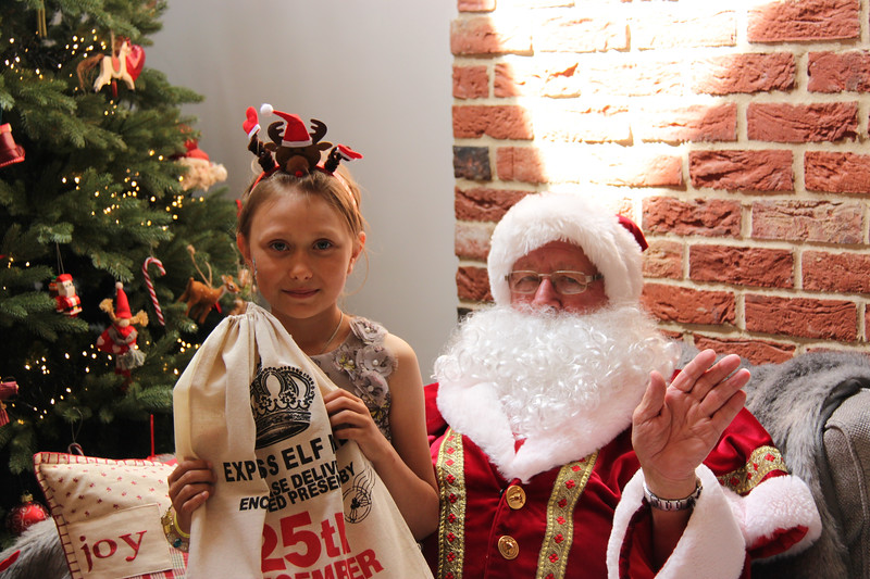 2019 Christmas Party_219.jpg