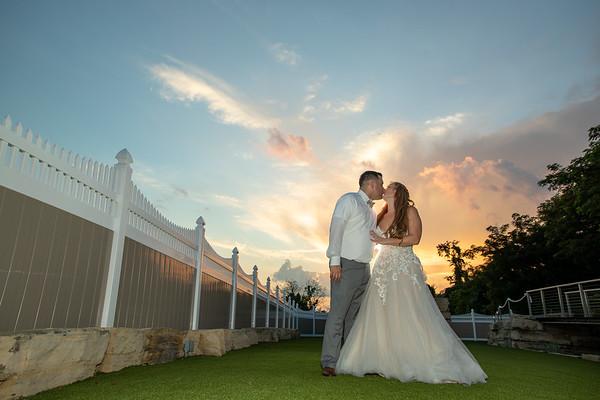 Nikki & Matt Hoff   Sunset Room Elizabeth Wedding