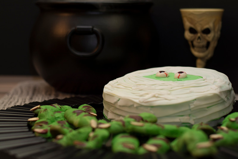 mummy cake 3.jpg