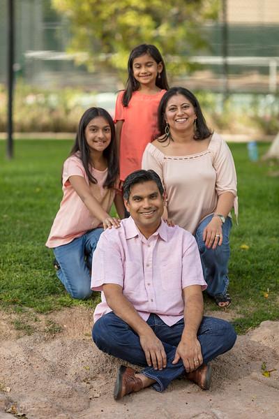 Urvi Family-8.jpg