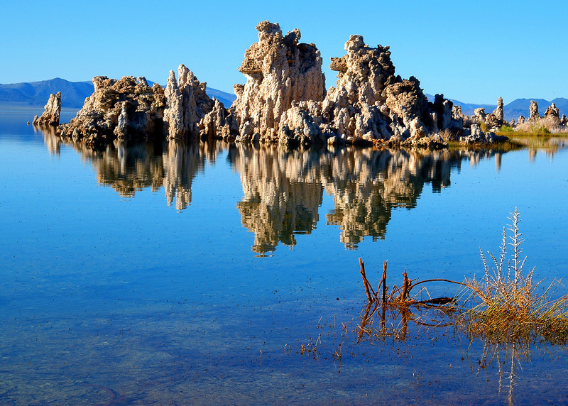 tufas of mono lake