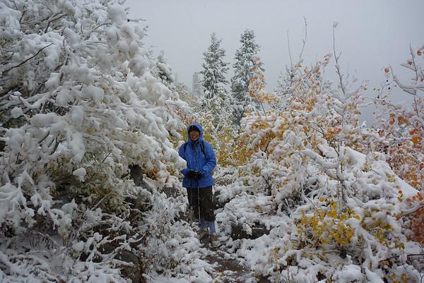20101005 Lake Sabrina to Blue Lake Snow