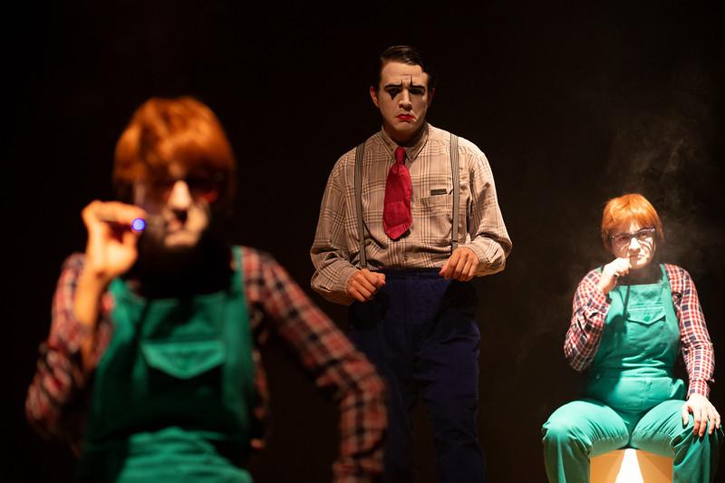 Allan Bravos - essenCIA Teatro - Persona 07-266.jpg