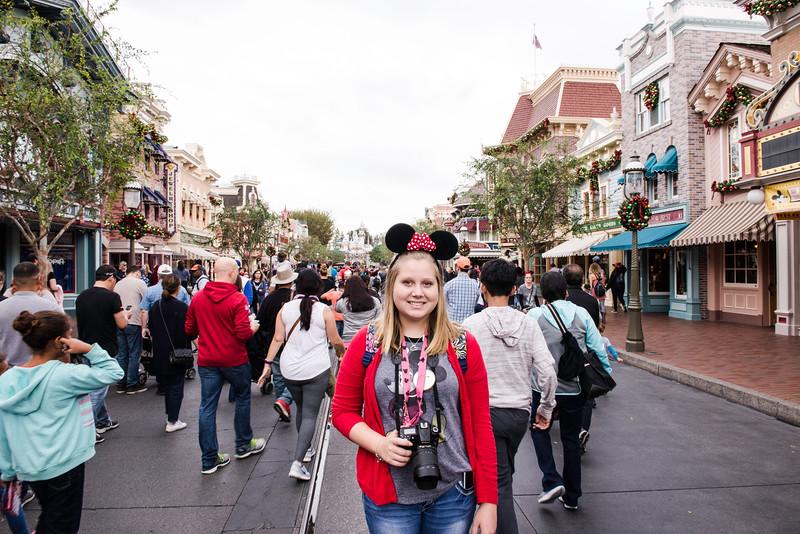 2016-11-19 Disneyland 023.jpg