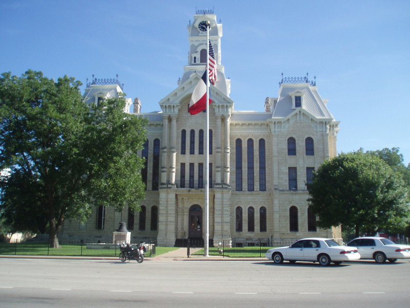 Father's Day Ride 2010:  Hilsboro, TX Courthouse