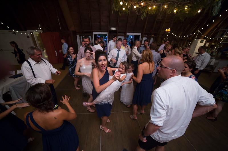 Garrett & Lisa Wedding (801).jpg