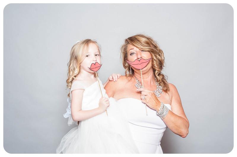 Tim+Olivia-Wedding-Photobooth-19.jpg