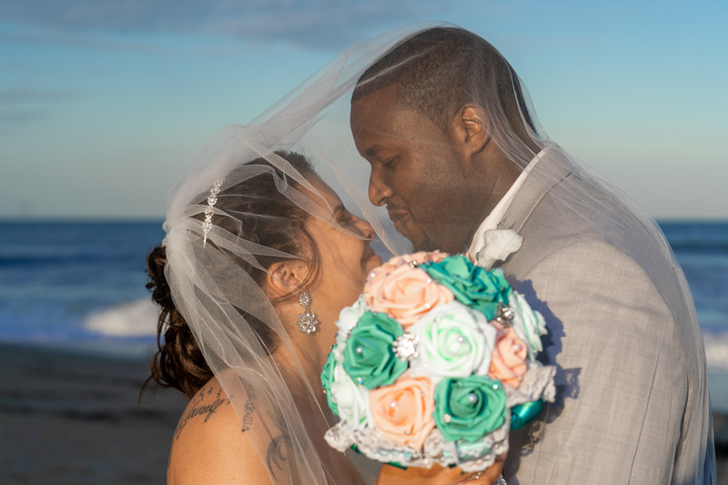 VBWC STAR 10122019 Wedding #179 (C) Robert Hamm.jpg