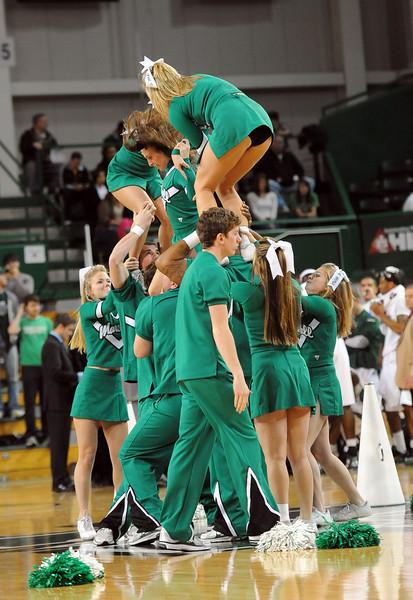 cheerleaders0942.jpg