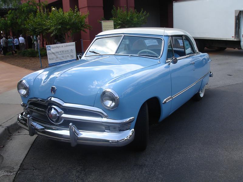 A '50 Ford -- that's a pretty car