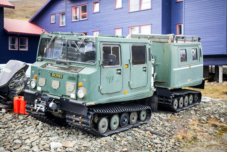 8-29-16169934 Longyearbyen Svalbard.jpg