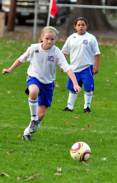 plainville u-11 girls soccer 10-17-10-020.jpg