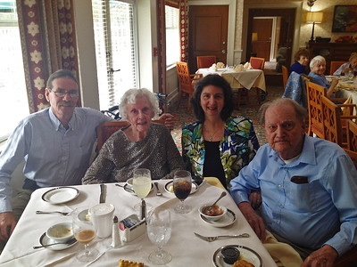 Howards - Lunch at the Oaks 11-26-15