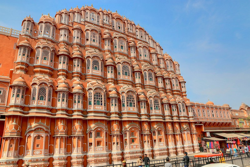 This was one of my favorite sights (top 3 for sure!) of our whole trip - Hawa Mahal, Jaipur