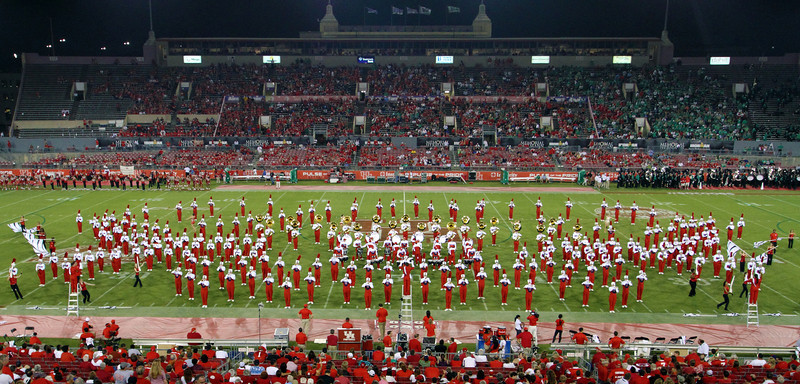 UH marching band formation