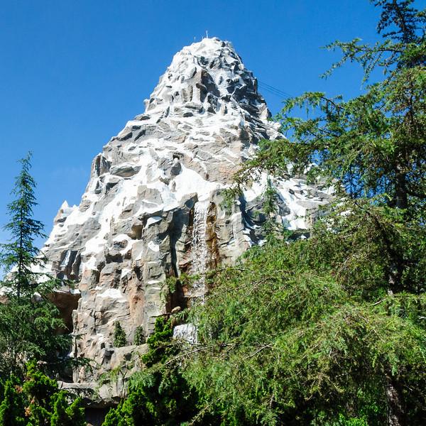 Matterhorn Bobsleds - FastPass