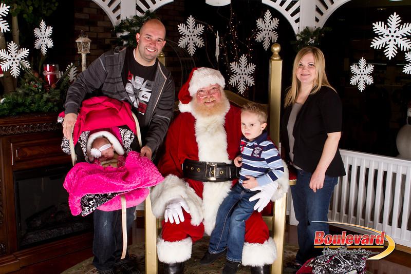Santa Dec 15-246.jpg
